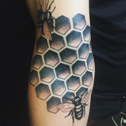 honeycomb and bees tattoo