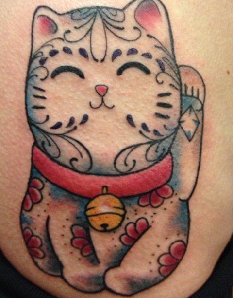 maneki-neko tattoo