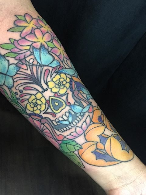 arm skull tattoo